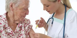 Frail Seniors Fare Better with High-Dose Flu Vaccine