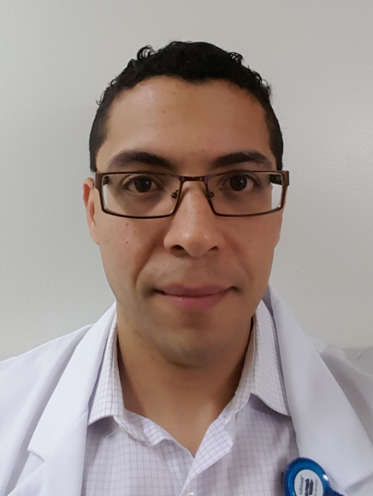 headshot of Orlando Alvarado-Rivera, PharmD, MS