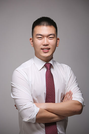 headshot of David Kim, PharmD
