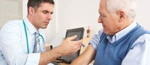 Should Seniors Wait to Receive the Flu Shot?